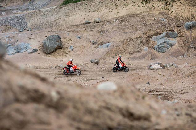 BMW-Lac-Rose-R-nineT-Dakar-Rally-concept-04