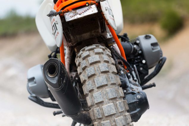 BMW-Lac-Rose-R-nineT-Dakar-Rally-concept-14
