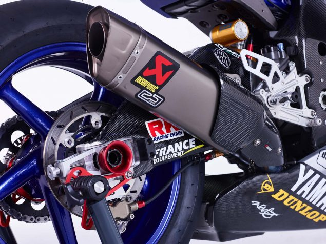 GMT94-Yamaha-YZF-R1-Official-EWC-race-bike-01