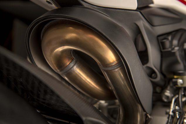 2017-Ducati-1299-Panigale-S-Anniversario-21