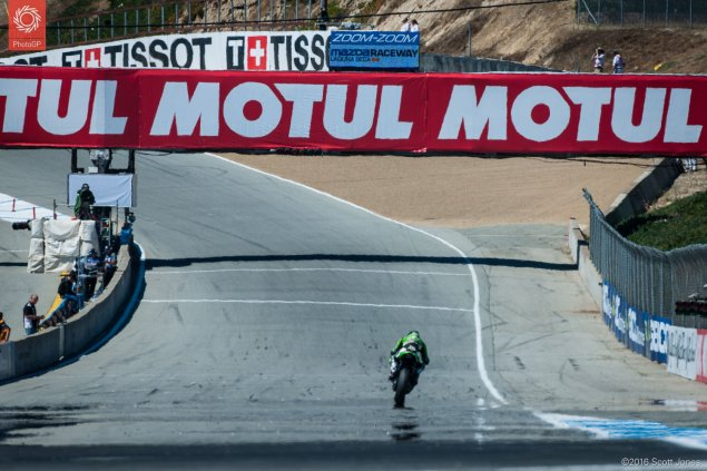 WSBK-2016-Laguna-Seca-start-finish