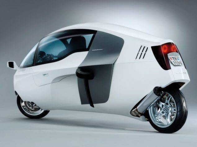 peraves-monotracer-enclosed-motorcycle