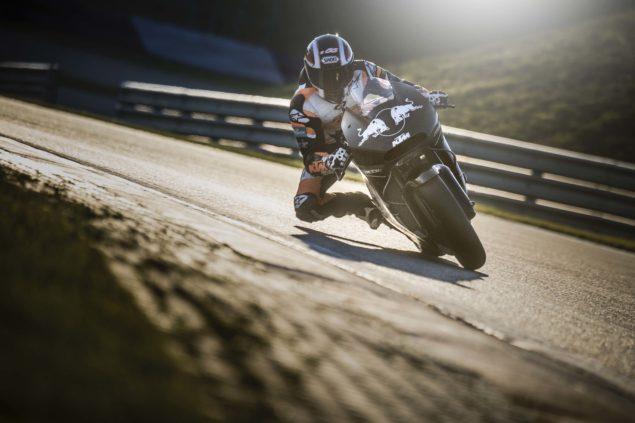 2017-KTM-RC16-MotoGP-official-test-02