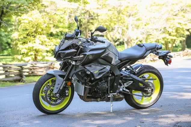 2017-Yamaha-FZ-10-static-10