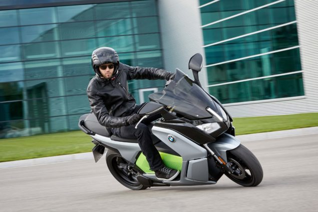 bmw-c-evolution-electric-scooter-action-usa-21