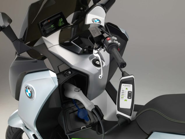 bmw-c-evolution-electric-scooter-studio-usa-01