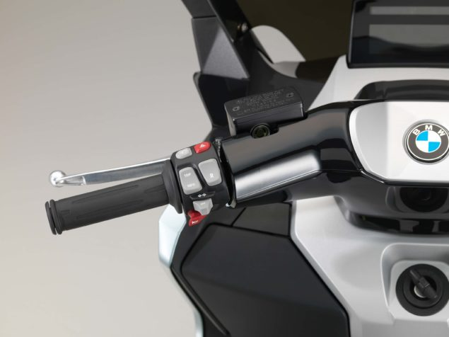 bmw-c-evolution-electric-scooter-studio-usa-02