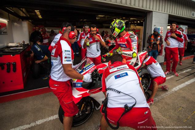 MotoGP-2016-Silverstone-Rnd-12-Tony-Goldsmith-1033