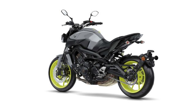2017-yamaha-mt-09-europe-static-15