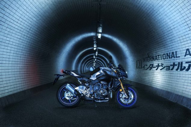 2017-yamaha-mt-10-sp-europe-static-03