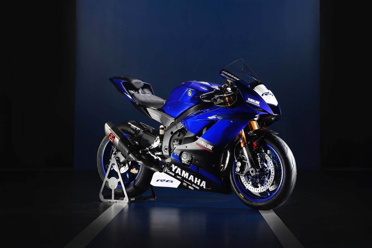 Yamaha YZF-R6, Reporting for World Supersport Duty
