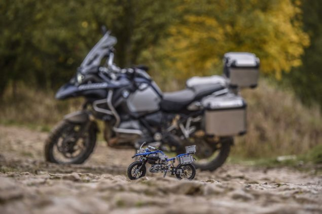 bmw-r1200gs-lego-technic-outdoor-05