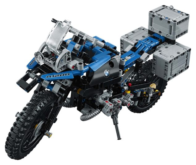 bmw-r1200gs-lego-technic-studio-01