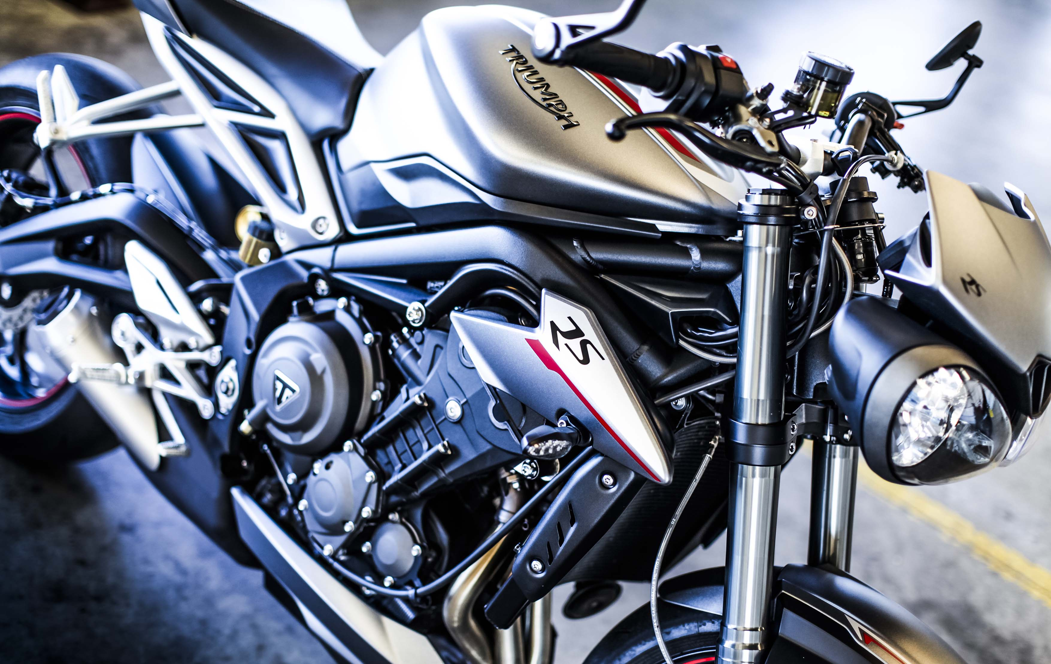 triumph street triple r wiring diagram 2 wire thermostat 2017 debuts with 765cc engine