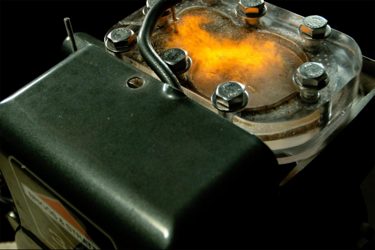 Watch Internal Engine Combustion at 4,000 FPS