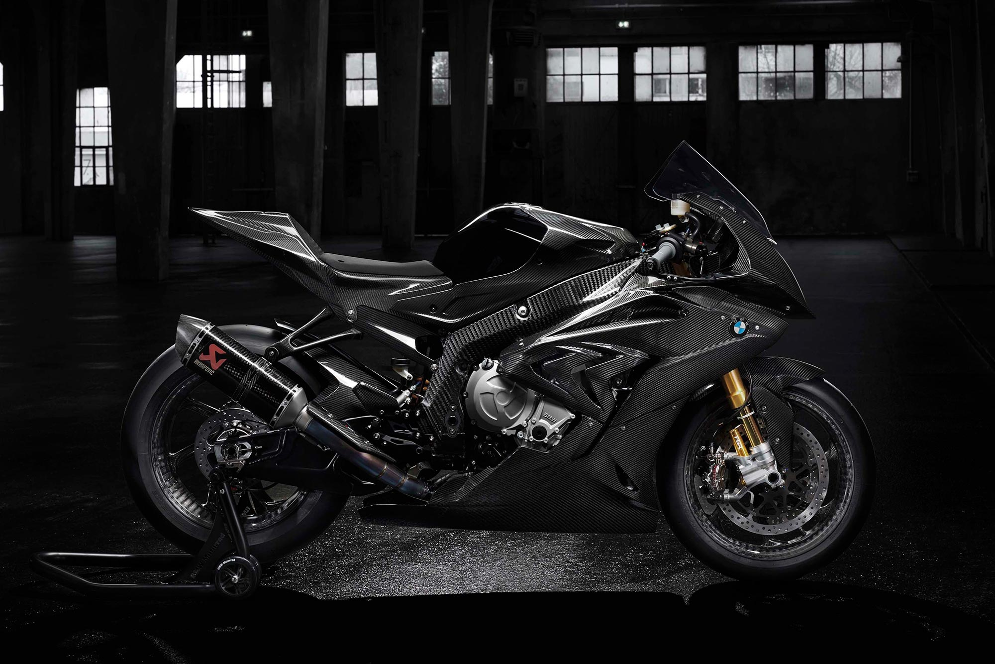 Is The 2018 Bmw Hp4 Race About To Debut In China Asphalt Rubber