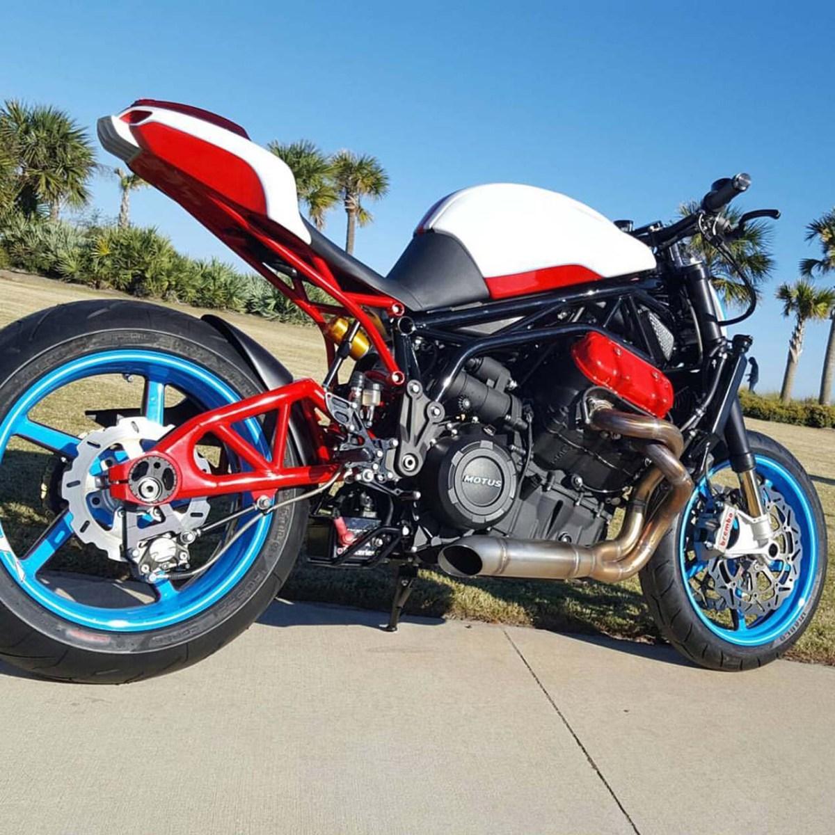 Fuller Moto's Custom Motus MSTR Streetfighter