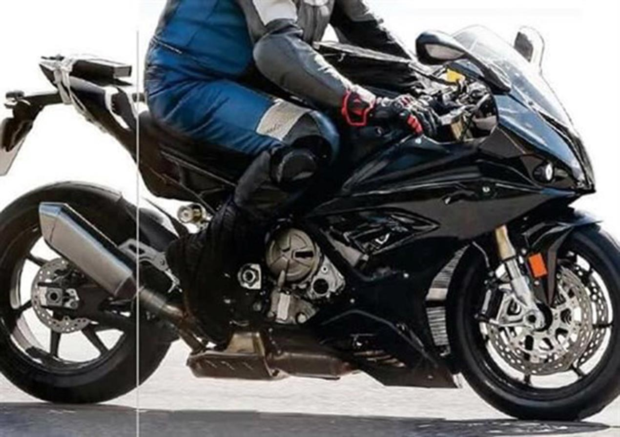 2018 Bmw S1000rr Spotted With Updates Asphalt Rubber