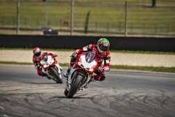 Ducati-1299-Panigale-R-Final-Edition-21