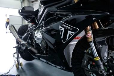 Triumph-Daytona-765-Moto2-test-bike-05