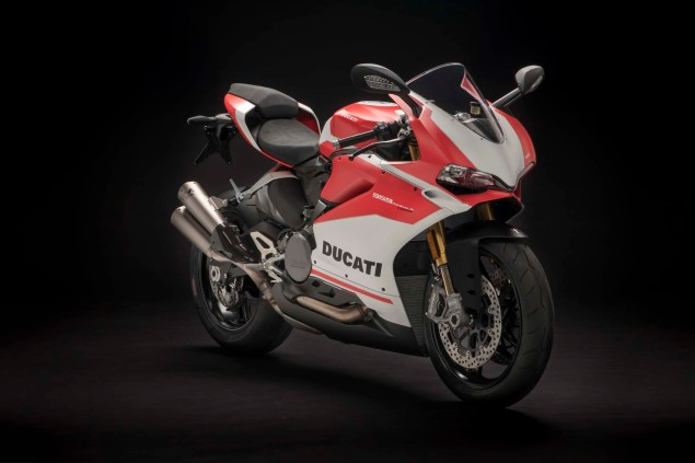 2018-Ducati-959-Panigale-Corse-18.jpg?re