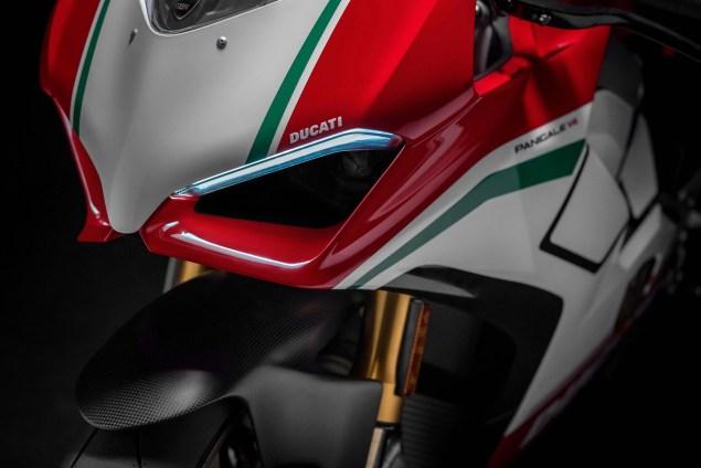 2018-Ducati-Panigale-V4-Speciale-01.jpg?