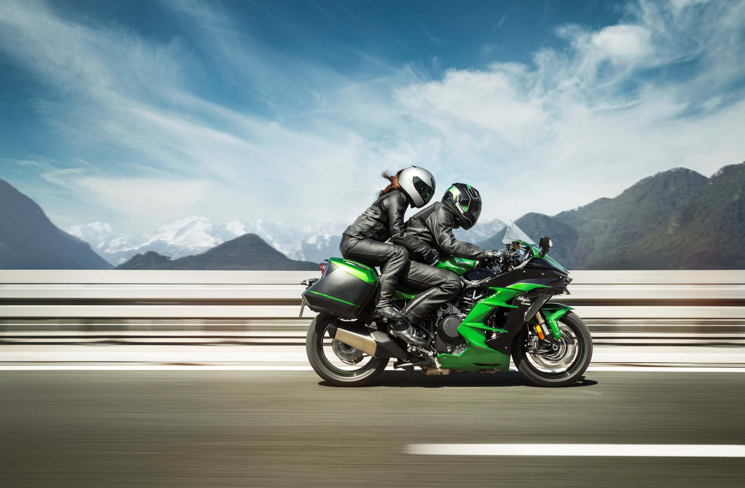 Kawasaki Ninja H2 SX Priced at $19,000 for the USA - Asphalt & Rubber