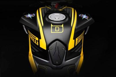 MV-Agusta-Dragster-800-RR-Pirelli-03