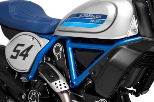 2019-Ducati-Scrambler-Cafe-Racer-28