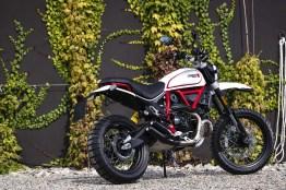 2019-Ducati-Scrambler-Desert-Sled-02