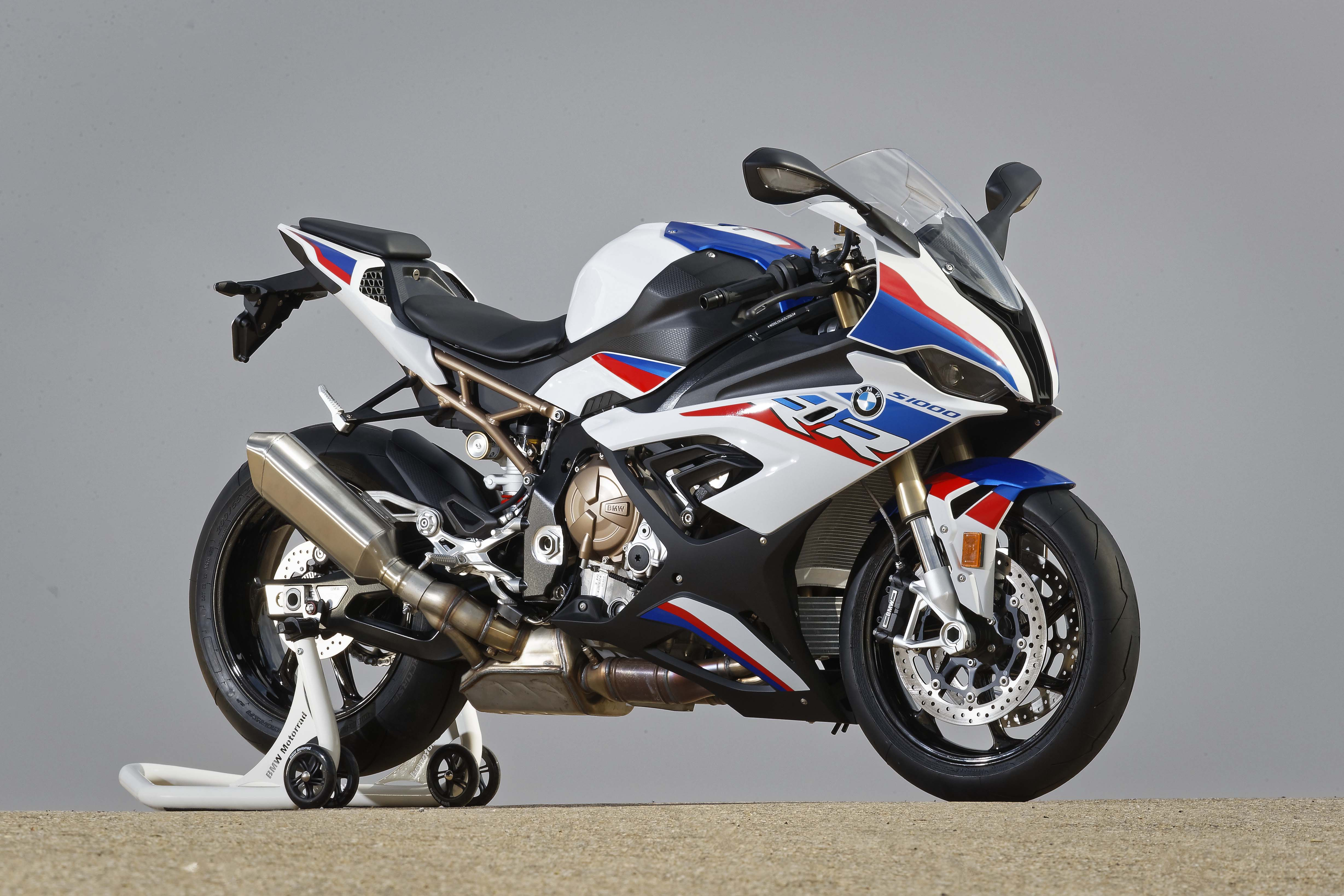 2020 bmw s1000rr recalled for oil leaks