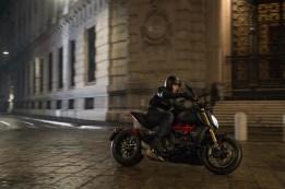 2019-Ducati-Diavel-1260-S-06