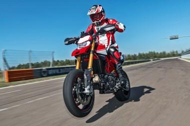 2019-Ducati-Hypermotard-950-SP-10