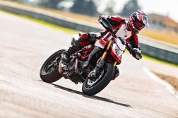 2019-Ducati-Hypermotard-950-SP-17