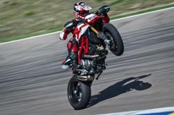 2019-Ducati-Hypermotard-950-SP-34