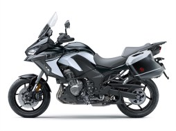 2019-Kawasaki-Versys-1000-SE-LT+-18