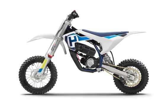 2020-Husqvarna-EE-5-electric-dirt-bike-04