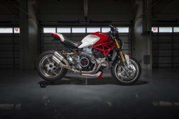 Ducati-Monster-1200-Tricolore-Motovation-25