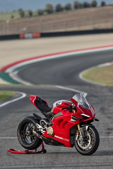 Ducati-Panigale-V4-R-35
