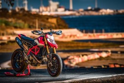 2019-Ducati-Hypermotard-950-SP-press-launch-static-09
