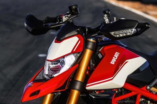 2019-Ducati-Hypermotard-950-SP-press-launch-static-34