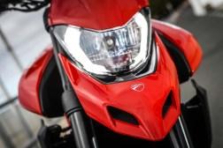 2019-Ducati-Hypermotard-950-press-launch-static-28