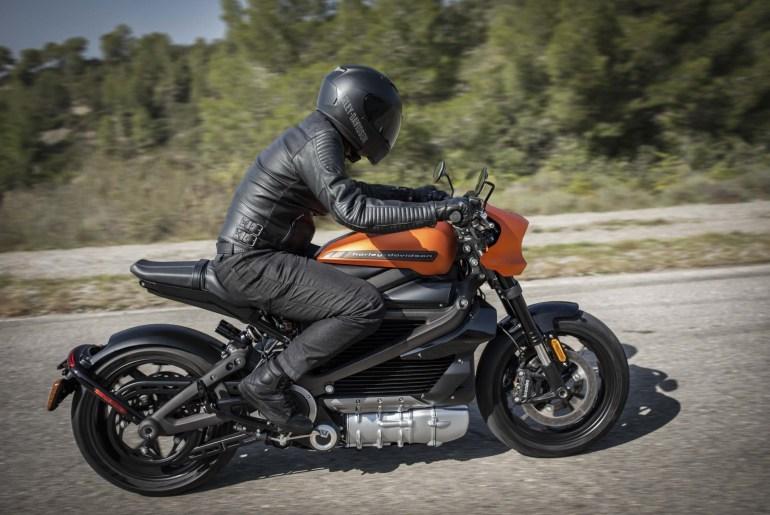 Harley Davidson Livewire Priced At 29 799 Asphalt Amp Rubber