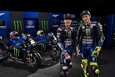 2019-Monster-Yamaha-MotoGP-Valentino-Rossi-Maverick-Vinales-14
