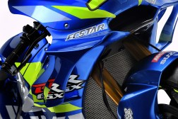 2019-Suzuzki-GSX-RR-MotoGP-bike-launch-02