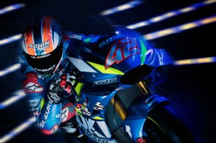 2019-Suzuzki-GSX-RR-MotoGP-bike-launch-03