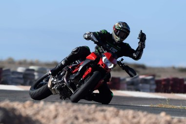 Ruben-Xaus-Ducati-Hypermotard-950-slide-10