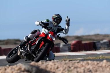 Ruben-Xaus-Ducati-Hypermotard-950-slide-25