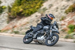 Moto-Guzzi-V85-TT-Sardinia-Jensen-Beeler-09