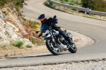 Moto-Guzzi-V85-TT-Sardinia-Jensen-Beeler-12